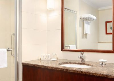 jedmk-bathroom-8264-hor-clsc